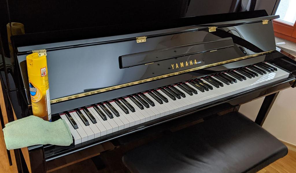 Čiščenje klavirja